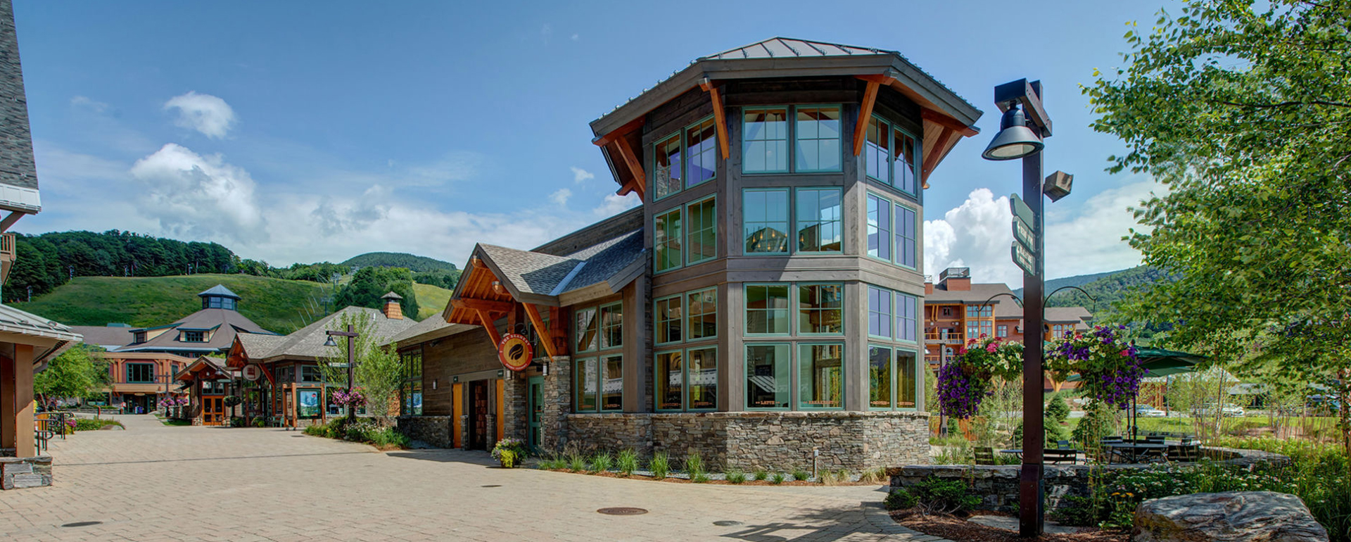 Coffee Shops In Spruce Peak Vermont | Spruce Peak - The Beanery